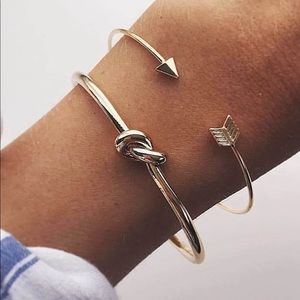 🖤Coming Soon🖤 Gold Cuff Set
